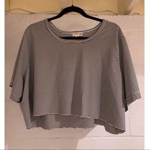 Oversized stripped crop shirt